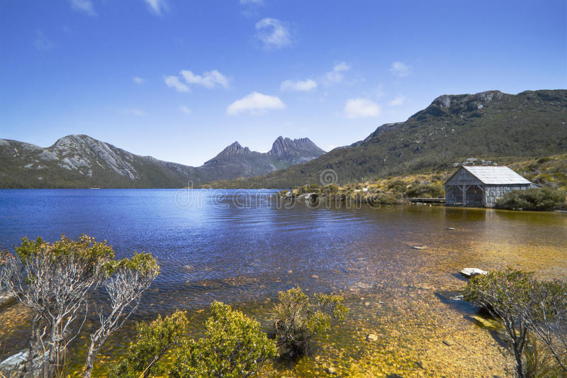 La casa barco, montaña Tasmania de la cuna foto de archivo