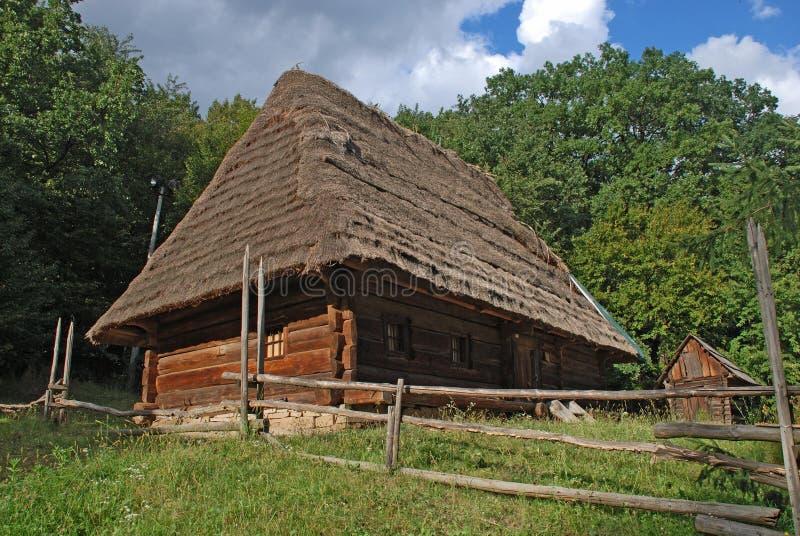 La casa de madera fotografía de archivo