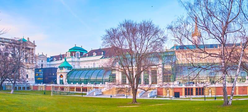 La casa de palma en Burggarten, Viena, Austria imagenes de archivo