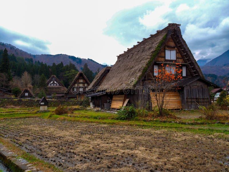 La casa del estilo de Gassho-Zukuri adentro Shirakawa-va, prefectura de Gifu, Japón imagen de archivo