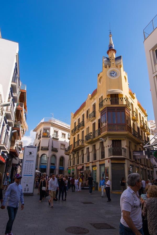 La casa del ` s dell'orologio in Sitges, Barcellona, Spagna immagini stock