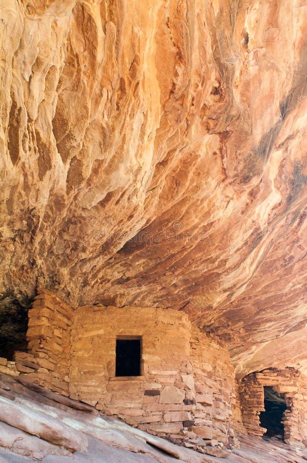 La casa en indio del fuego arruina la cala Cedar Mesa Utah de la mula imagenes de archivo