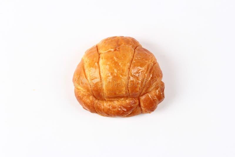 La casa fatta, croissant fresco croccante della margarina è servito fotografia stock