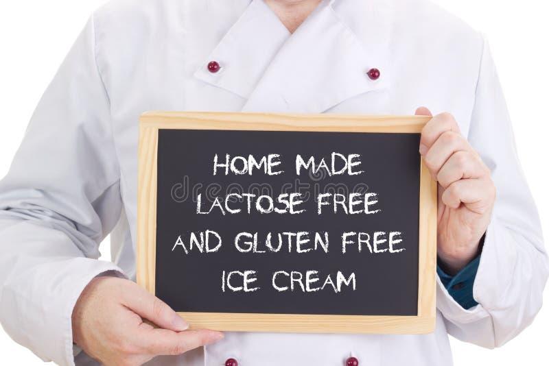 La casa ha reso senza lattosio ed a glutine gelato libero immagine stock libera da diritti