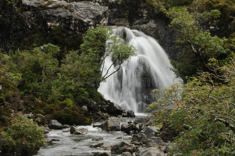 La cascada en la hada reúne Escocia foto de archivo libre de regalías