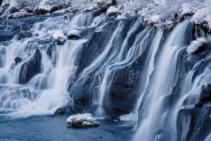 La cascade Hraunfossar photographie stock libre de droits