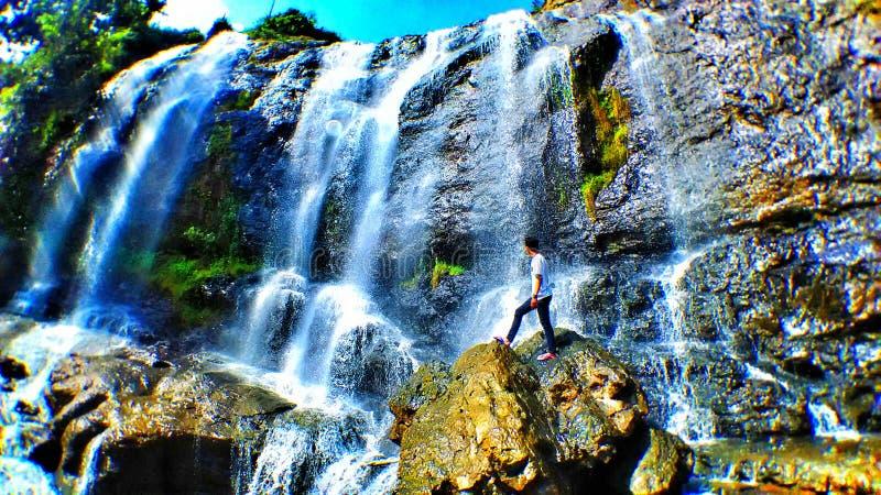 La cascata è curug fotografie stock libere da diritti