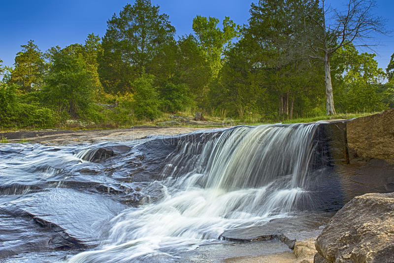 La cascata al parco piano della roccia fotografia stock libera da diritti