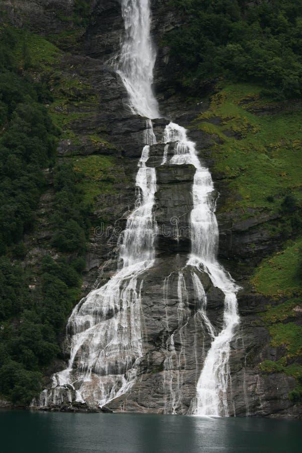 La cascata della bottiglia in Norvegia fotografia stock libera da diritti