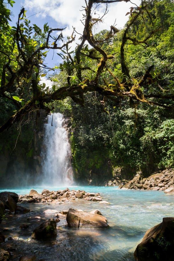 La cascata Rio Celeste del turchese immagini stock