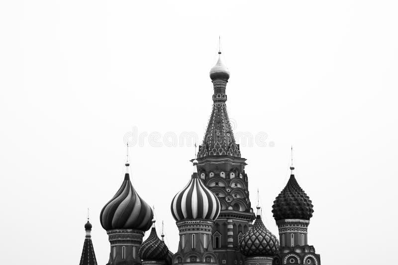 La catedral de la albahaca blanco y negro del santo en el CCB de la Plaza Roja de Moscú fotos de archivo libres de regalías