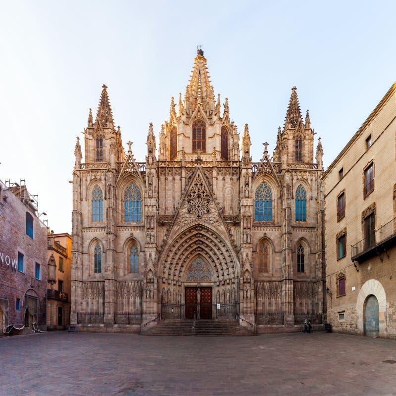 La catedral de la cruz y del santo santos Eulalia imagenes de archivo