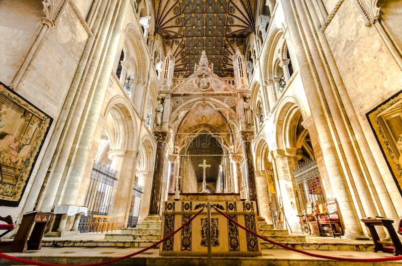 La catedral de Peterborough es una catedral monástica ubicada en Cambridgeshire, Inglaterra imagen de archivo libre de regalías