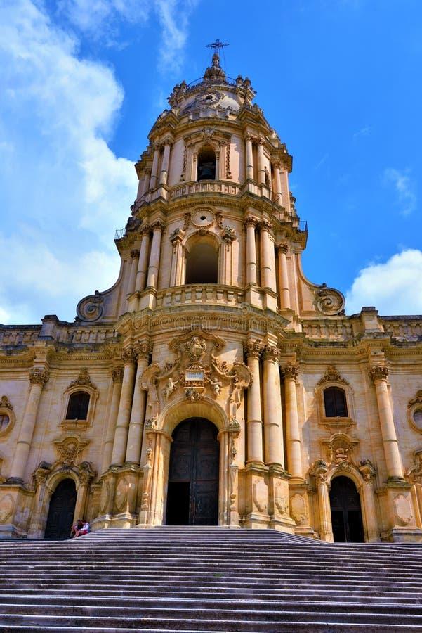 La catedral de San Giorgio Modica Italy imagenes de archivo