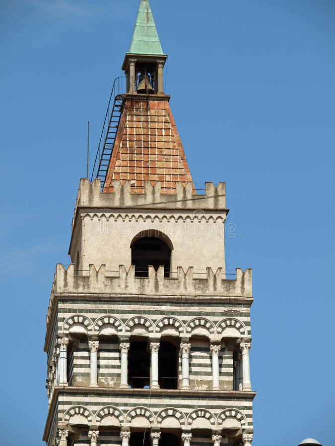 La catedral de St Zeno - Pistóia Toscana foto de archivo
