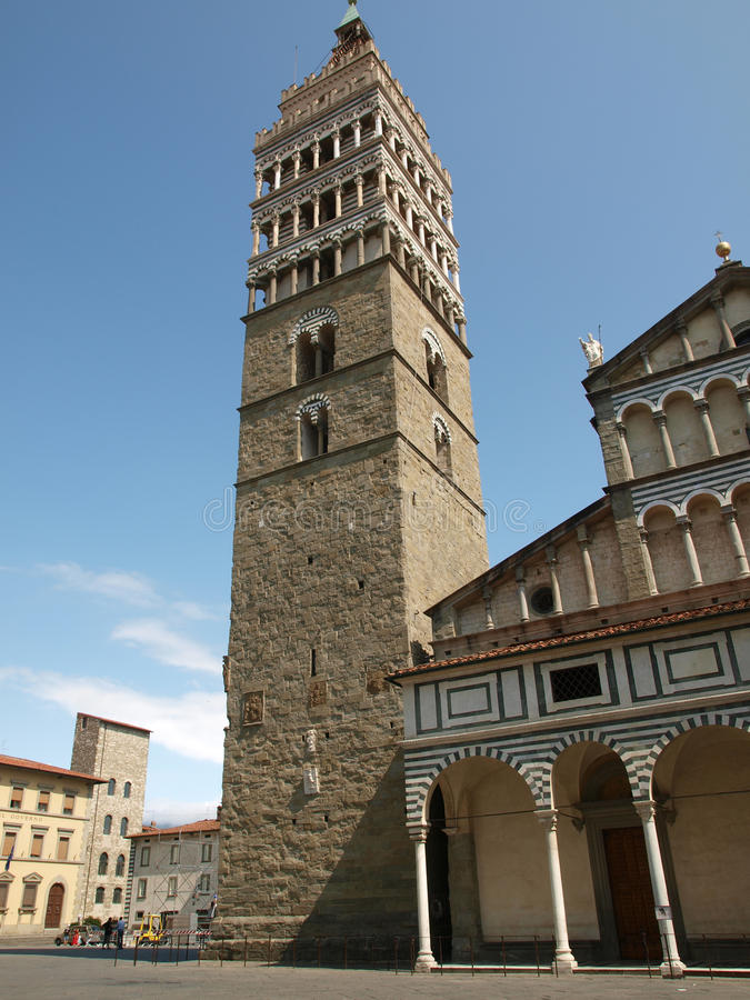 La catedral de St Zeno - Pistóia Toscana fotografía de archivo libre de regalías