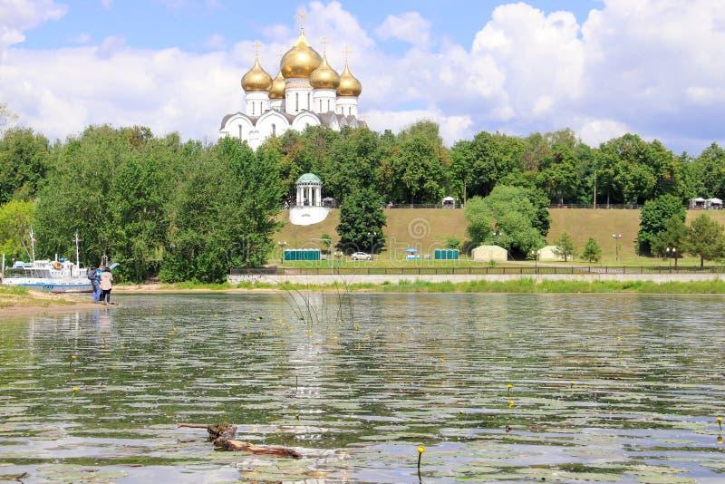 La catedral de la suposición es la catedral de la iglesia ortodoxa foto de archivo libre de regalías