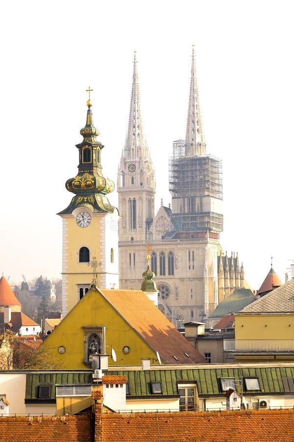 La catedral de Zagreb en Croacia - estilo gótico, católico, institución de la iglesia foto de archivo