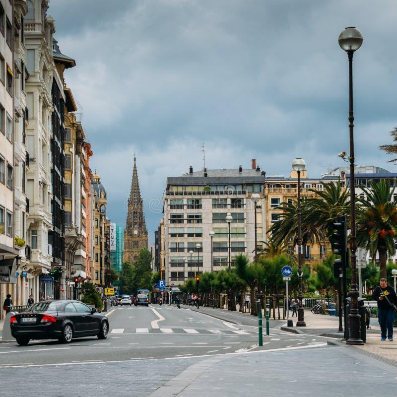 La catedral del buen pastor en un día nublado en San Sebastián foto de archivo