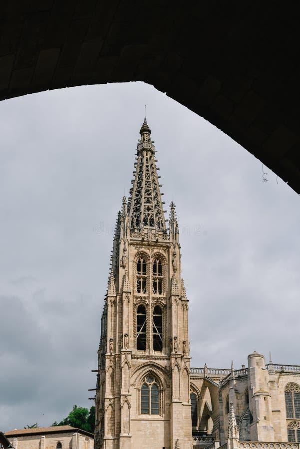 la catedral del siglo XIII de Burgos es excepcional para la elegancia y la armonía de su arquitectura - patrimonio mundial de la  fotografía de archivo