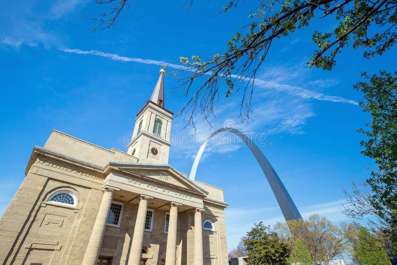 La catedral vieja St. Louis de la basílica foto de archivo
