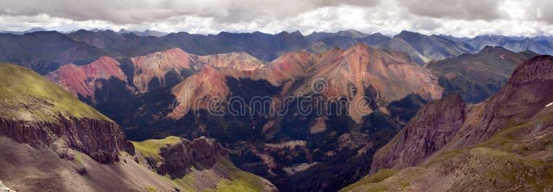 La catena montuosa rossa di Rocky Mountains Near Ouray Colorado fotografia stock libera da diritti