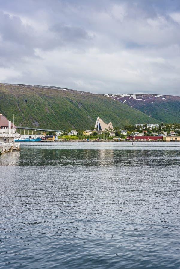 La cathédrale arctique dans Tromso, Norvège photos libres de droits