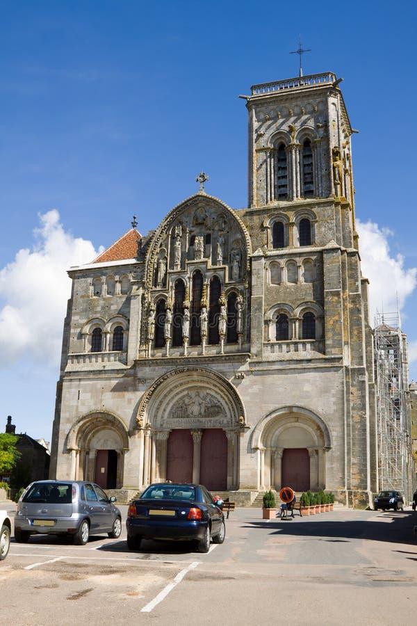 La cathédrale dans l'abbaye de Vezelay en France photographie stock libre de droits