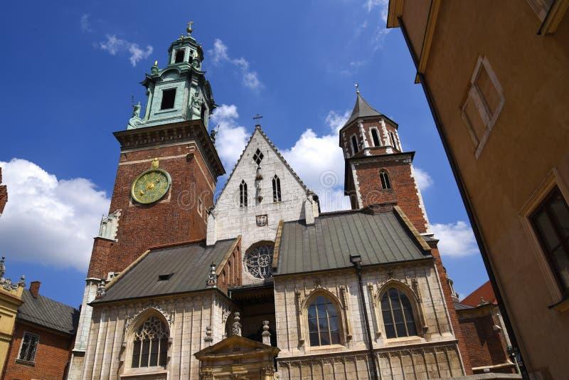 La cathédrale dans le château de Wawel à Cracovie, Cracovie, la capitale culturelle officieuse de la Pologne photographie stock libre de droits