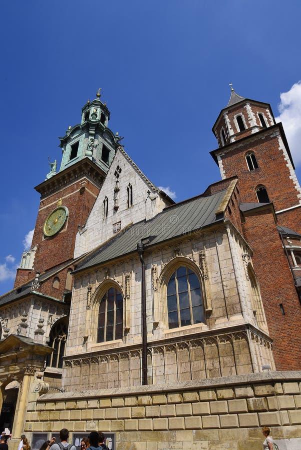 La cathédrale dans le château de Wawel à Cracovie, Cracovie, la capitale culturelle officieuse de la Pologne photos stock