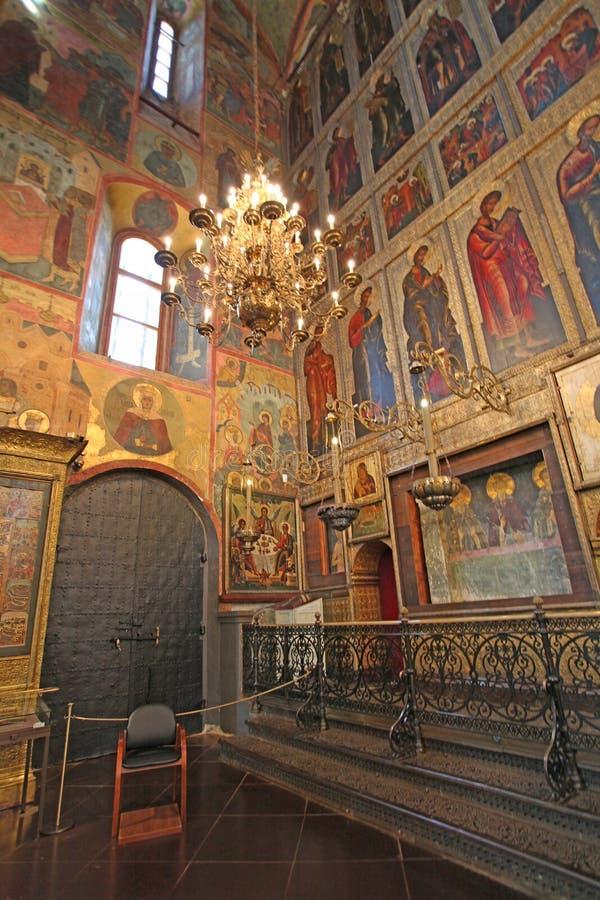La cathédrale de l'intérieur d'hypothèse, Moscou Kremlin photographie stock libre de droits