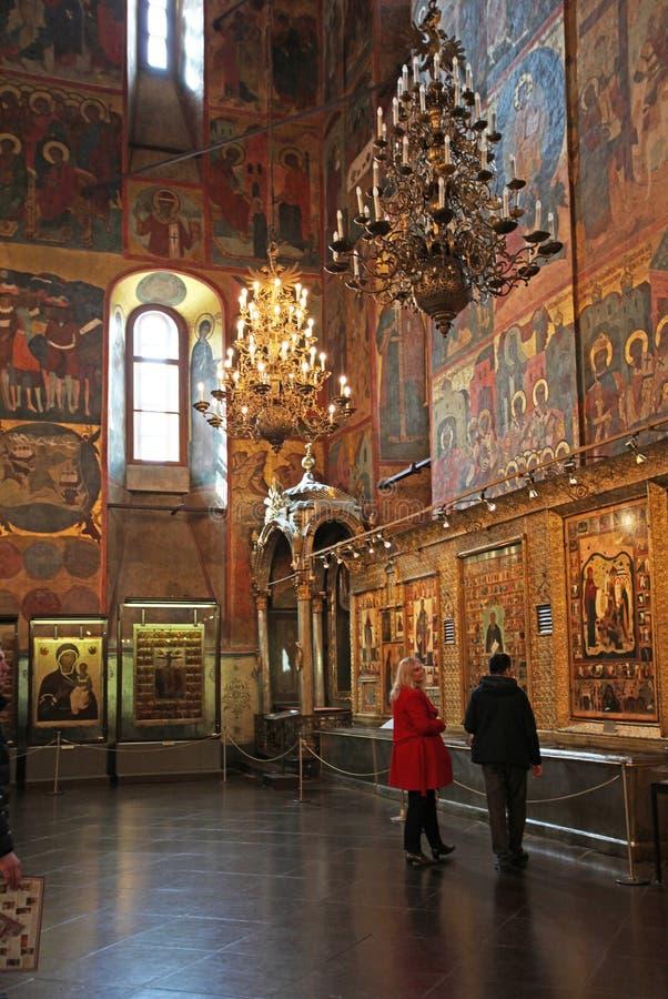 La cathédrale de l'intérieur d'hypothèse, Moscou Kremlin images stock