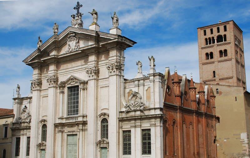 La cathédrale de Mantova image libre de droits