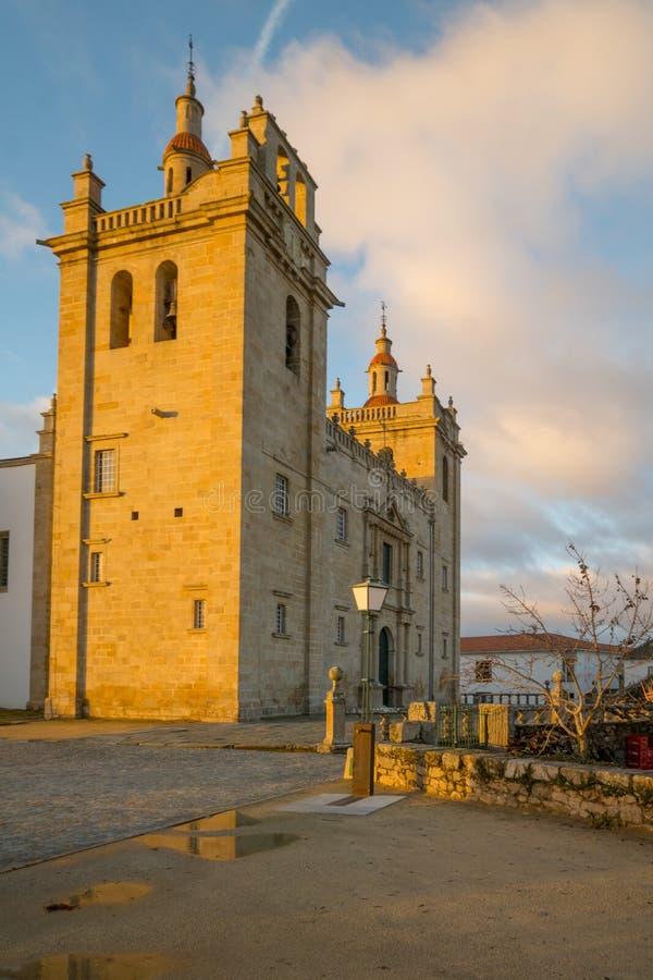 La cathédrale de Miranda font Douro photographie stock libre de droits