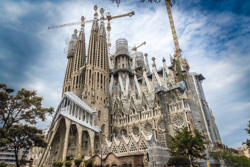 La cathédrale de la La Sagrada Familia par l'architecte Antonio Gau images libres de droits