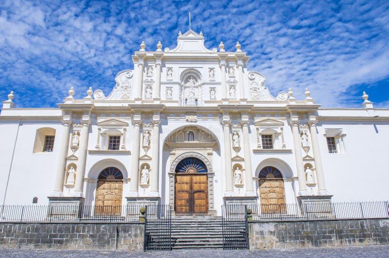 La cathédrale de Santiago à l'Antigua image stock