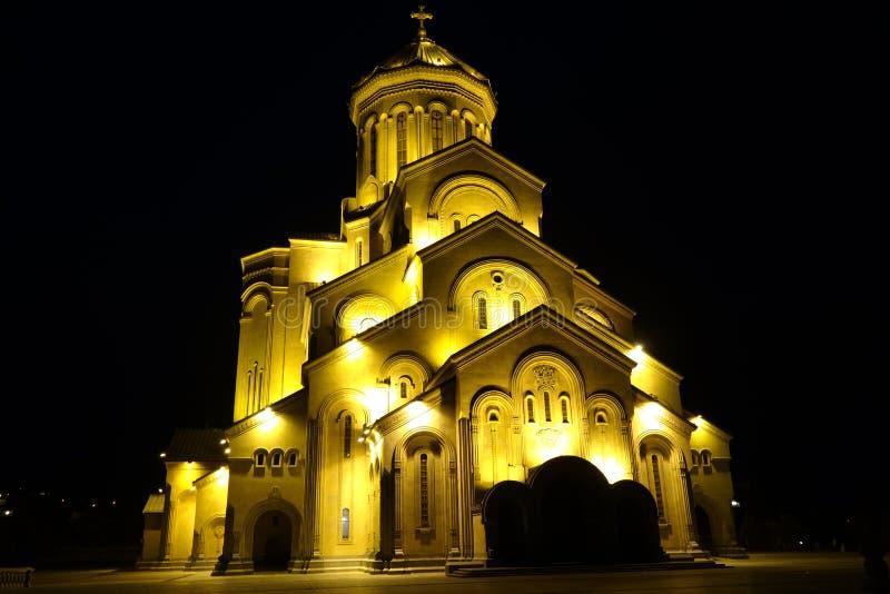 La cathédrale de trinité sainte de Tbilisi Cminda Samebis photographie stock libre de droits