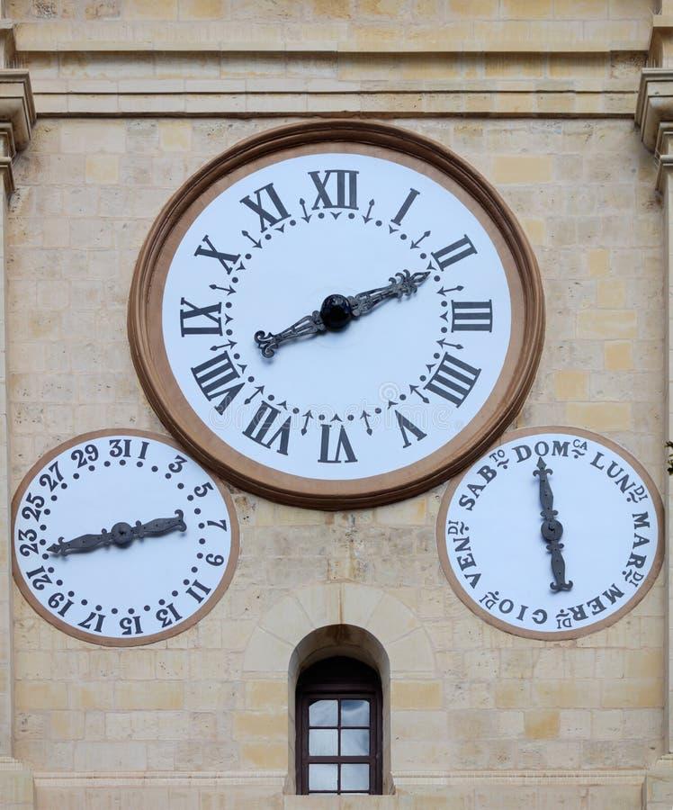 La cathédrale de La Valette, Malte, St Johns synchronise sur la façade de grès photographie stock libre de droits