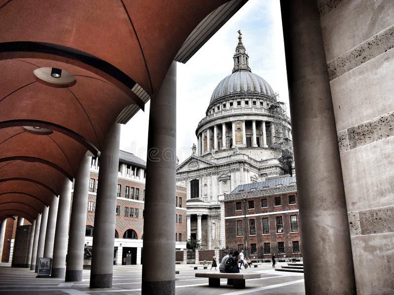La cattedrale fotografia stock
