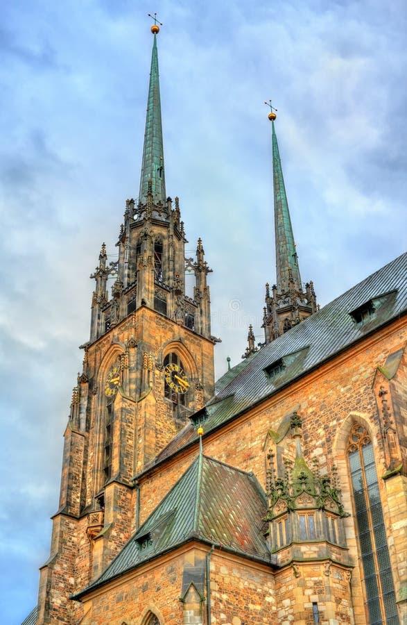La cattedrale dei san Peter e Paul sulla collina di Petrov a Brno, repubblica Ceca fotografie stock libere da diritti