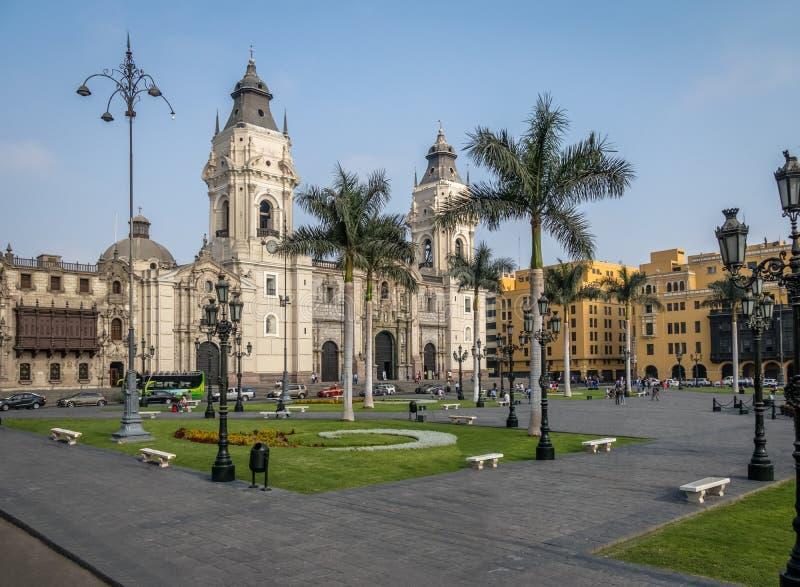 La cattedrale della basilica di Lima a sindaco della plaza - Lima, Perù fotografia stock