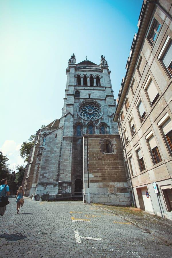La cattedrale di St Peter a Ginevra Svizzera immagine stock libera da diritti