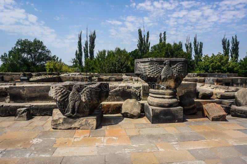 La cattedrale di Zvartnots rovina Eagles immagine stock