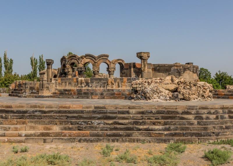 La cattedrale meravigliosa di Zvartnots, Armenia fotografia stock