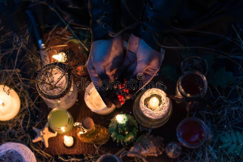 La ceremonia de brujas fotografía de archivo libre de regalías