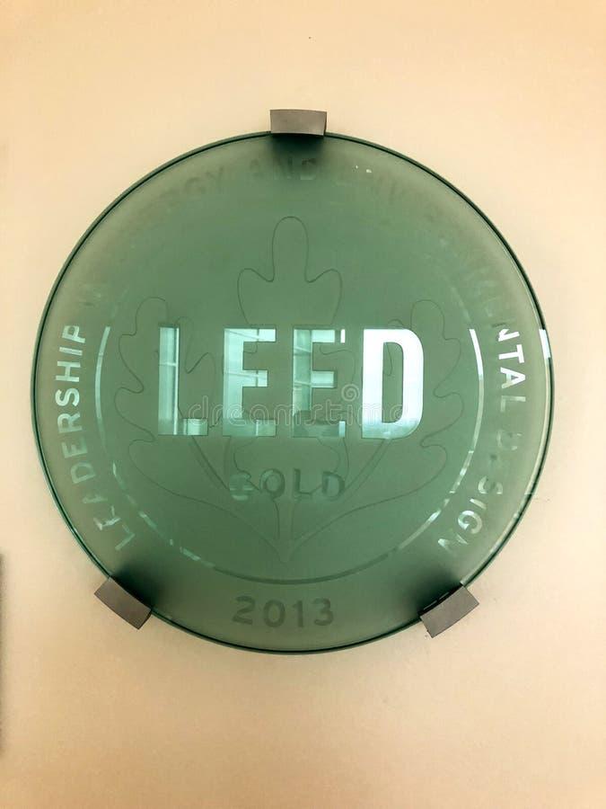 La certificación del nivel del oro de LEED se aplaude mucho fotografía de archivo