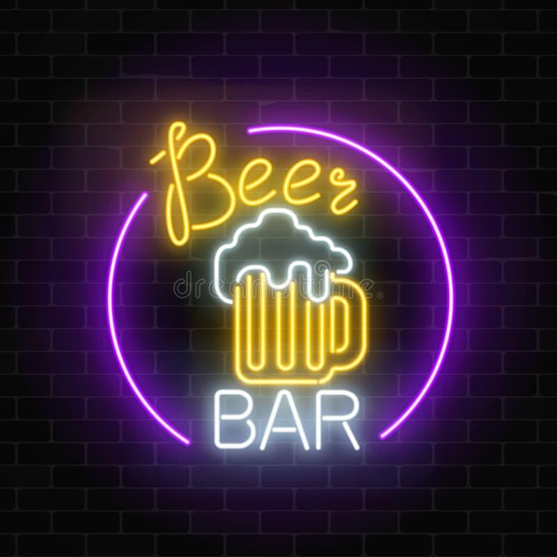 La Cerveza De Neón Que Brilla Intensamente Barra El Letrero En Marco ...