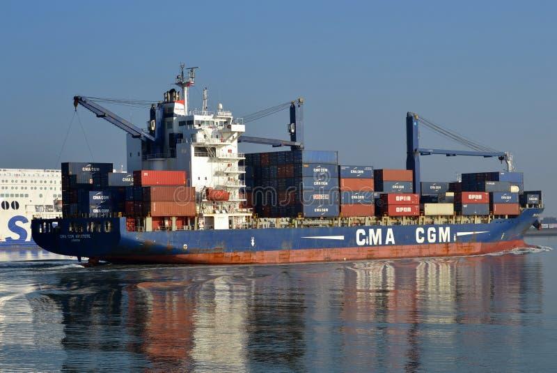 La CGM Aristote Rotterdam in arrivo di CMA immagini stock libere da diritti