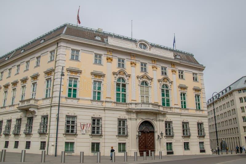 La chancellerie fédérale autrichienne sur le Ballhausplatz à Vienne, Autriche photographie stock libre de droits