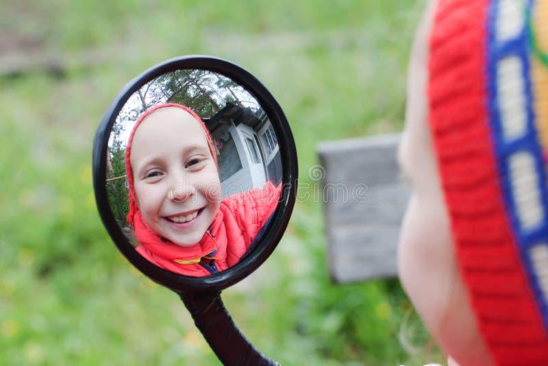 La chica joven imágenes de archivo libres de regalías